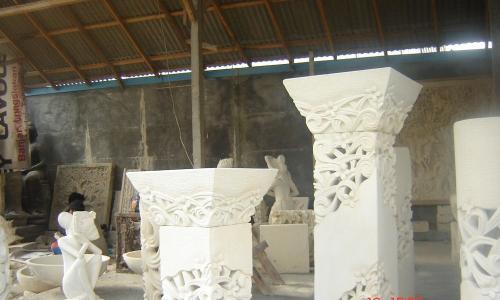 Oriental Stone garden lanterns
